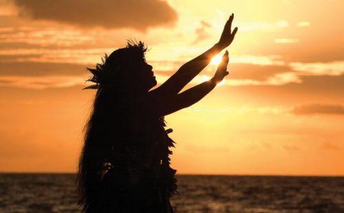 """""""フラ""""が伝える、ハワイの心"""
