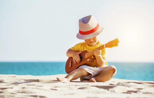 """ハワイらしさを伝える楽器""""ウクレレ""""を学んで、作って、弾いて楽しむ"""