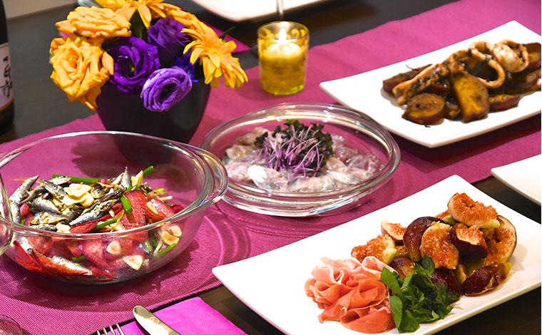 簡単な料理だからこそ、色のコントラストを意識するとごちそう風に。