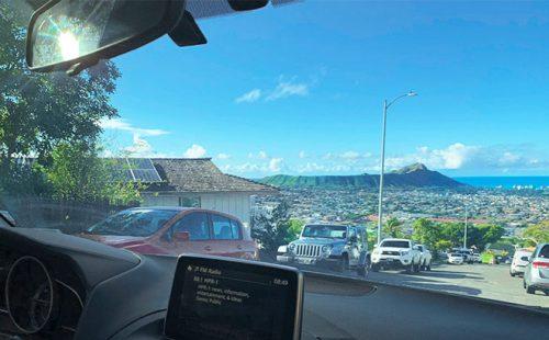 ハワイだからこそレンタカー! 縦横無尽に楽しもう。