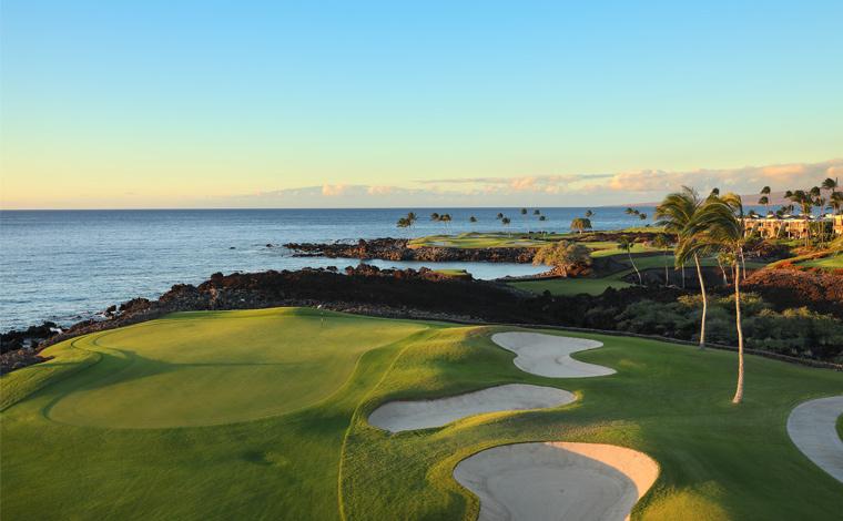 写真提供:<a href='https://www.maunalanigolf.com/south_course/' target='_blank'>Mauna Lani Resort </a>