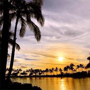ヒルトン・ハワイアン・ビレッジのラグーンの夕日