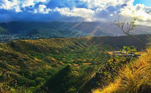 ハワイの大自然と絶景を楽しもう! 初心者にもオススメのハイキング