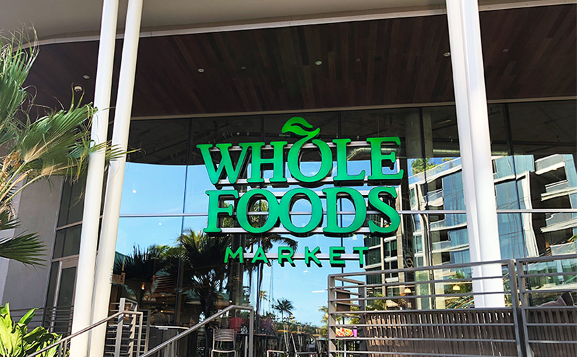 ハワイの最新ショッピングスポット 「ホールフーズ・マーケット クイーン」を攻略