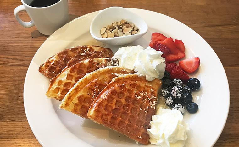 朝食やカフェ利用にピッタリなワッフルは$11.95