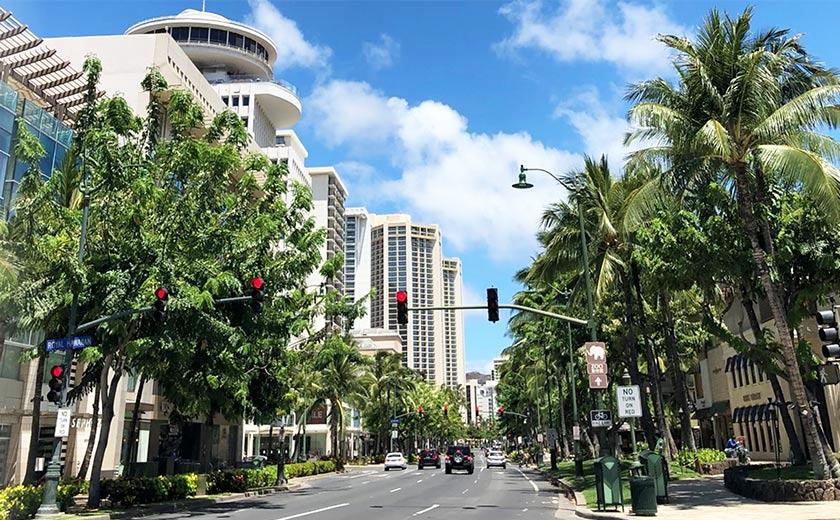 ハワイの「新」ライフスタイル  ホールフーズやビーチの「今」